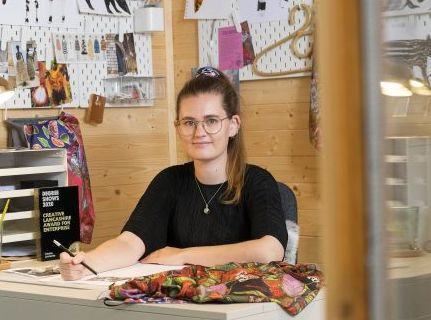 Award for UCLan textiles talent